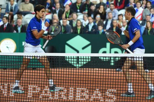 戴杯半决赛澳洲法国双打都建功 均2-1领先占先机