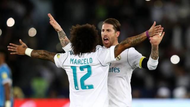 北京时间12月18日,西班牙《阿斯报》发表文章,祝贺拉莫斯和马塞洛追平了卡西利亚斯的一项纪录。自从加盟皇马以来,这两名球员共帮助皇马夺得了18次冠军,并列俱乐部历史第四。