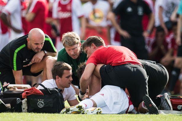 奇迹!胸前的足球令植物人球员露出微笑