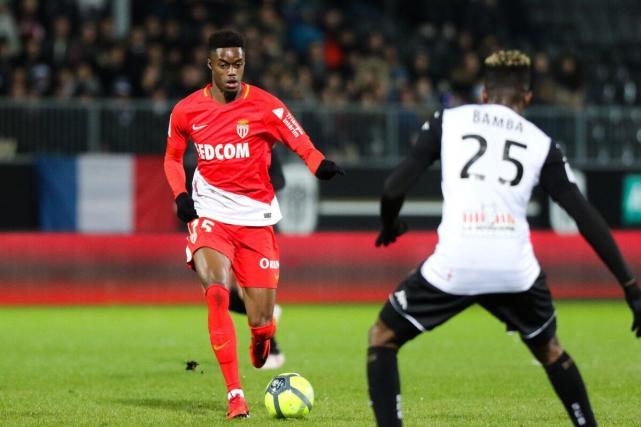 法甲-摩纳哥4-0大胜昂热 约维蒂奇梅开二度