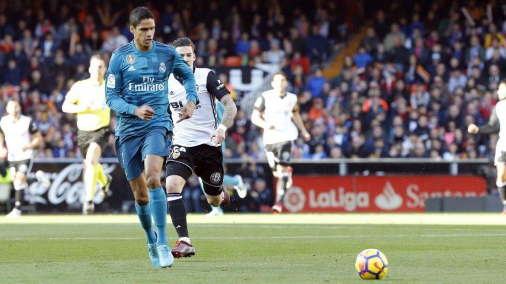 官方:西班牙足协取消对瓦拉内的手球黄牌