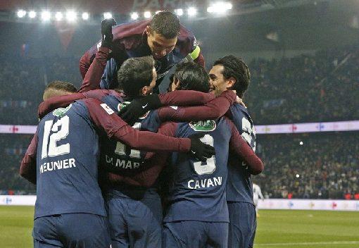法国杯:迪马利亚两球卡瓦尼破门,巴黎3-0马赛晋级4强