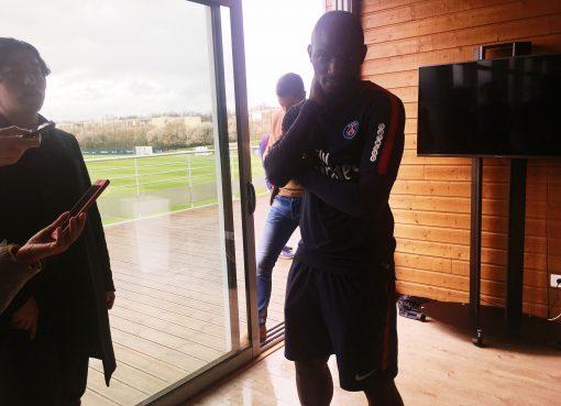 巴黎助教:我们派人去巴西帮助内马尔;他或在在赛季末复出