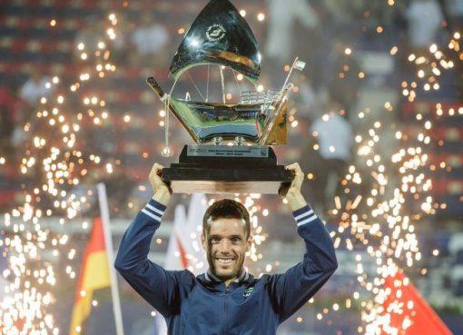 迪拜赛阿古特两盘力克普伊 收获职业生涯第8冠