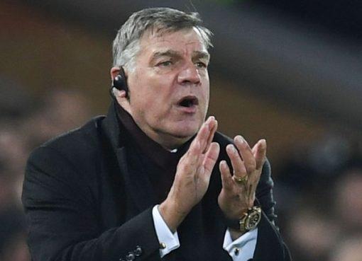 阿勒代斯:解决利物浦锋线威胁是德比战的关键