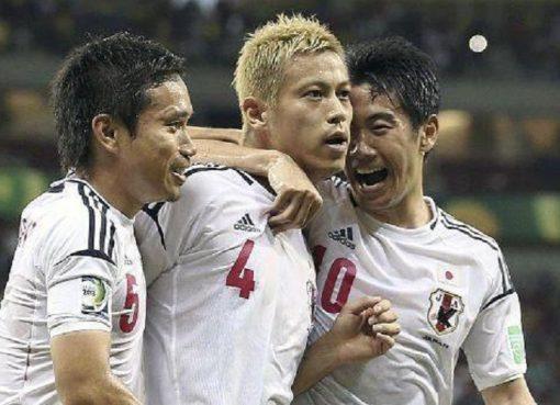 日本敲定世界杯35人大名单 主帅暗示本田香川入选