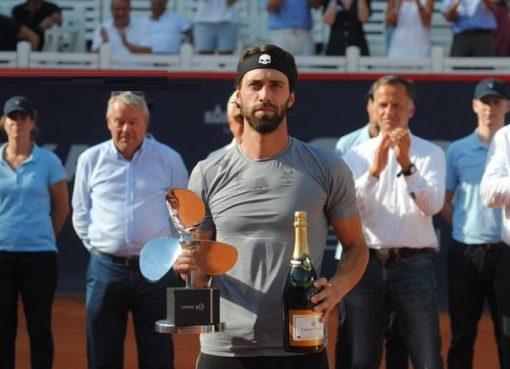 汉堡赛资格赛黑马战胜卫冕冠军 成格鲁吉亚第一人
