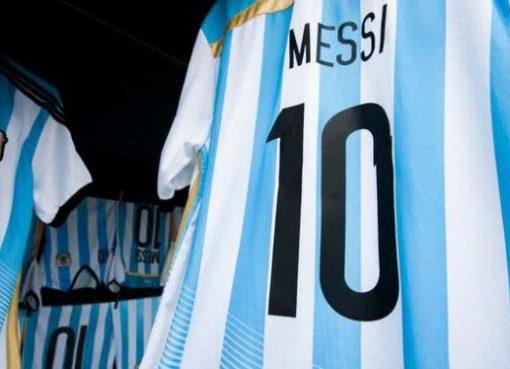 阿根廷暂时封存10号球衣等待梅西回归 迪巴拉选择21号