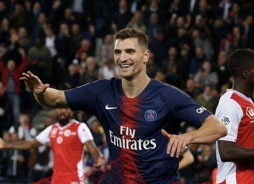 卡瓦尼造点+双响内马尔默尼耶齐破门,巴黎4-1逆转兰斯