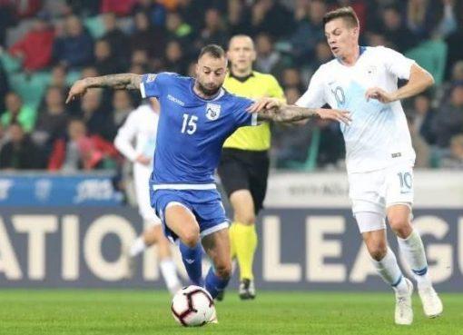 欧国联-斯洛文尼亚1-1塞浦路斯 3张红牌场面火爆