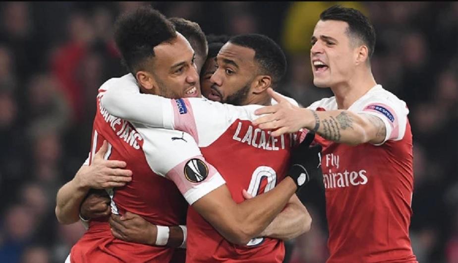 """欧联杯-阿森纳总分4-3逆转进八强 """"黑豹""""奥巴梅扬2射1传"""