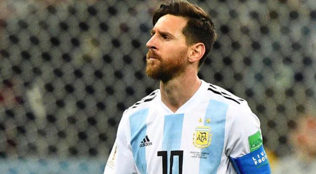 阿根廷名宿:梅西在国家队不顺,达不到马拉多纳的高度