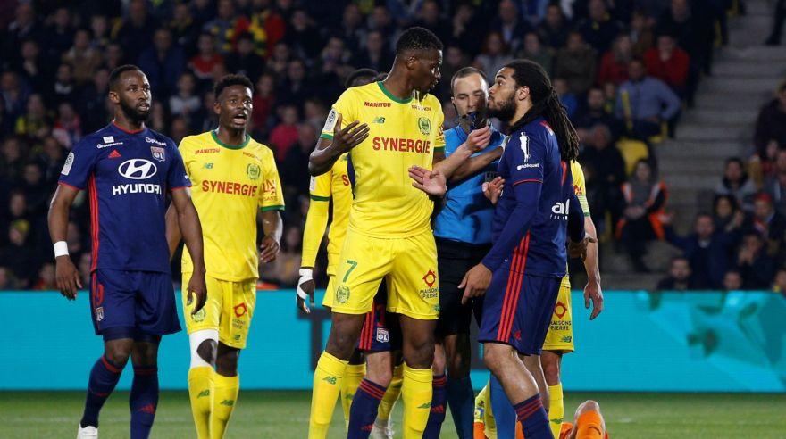 里昂1-2告负 南特主场取胜