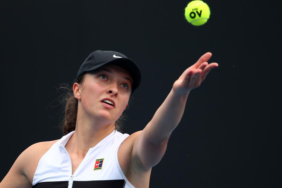 卢加诺赛01后新星首进WTA四强 克-普娃逆转库兹