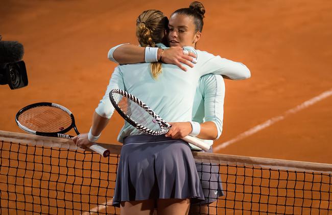 罗马赛科娃决胜盘0-4时伤退 保送希腊一姐进八强