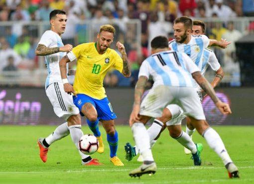 热身赛-巴西1-0阿根廷 米兰达补时绝杀内马尔里程碑助攻