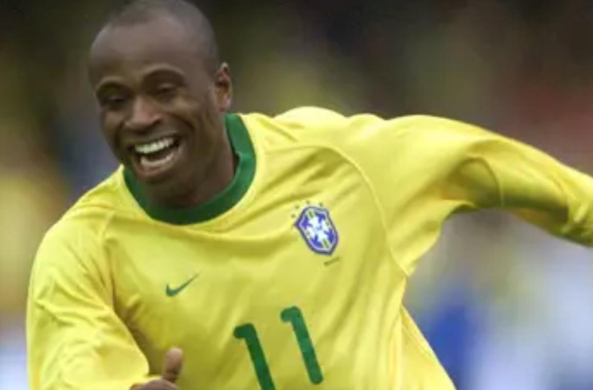 埃迪尔森:内马尔梅西想比我强需夺世界杯,我比C罗灵巧